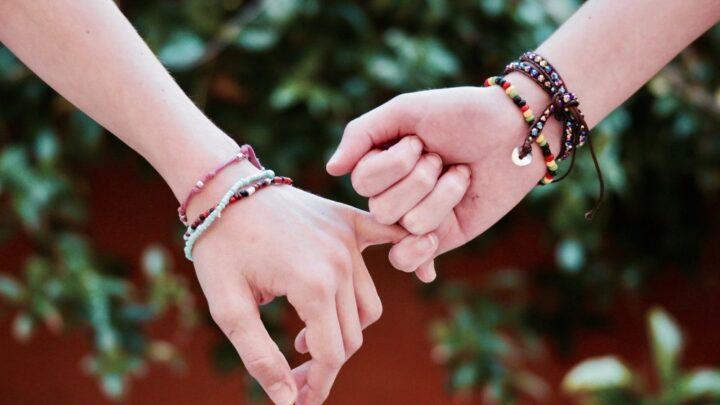 Best Tinder Alternatives: Apps Like Tinder to Make Friends or Find Your Soulmate