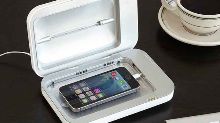Keep Your Phone Bacteria-Free with PhoneSoap – the UV Sanitizer