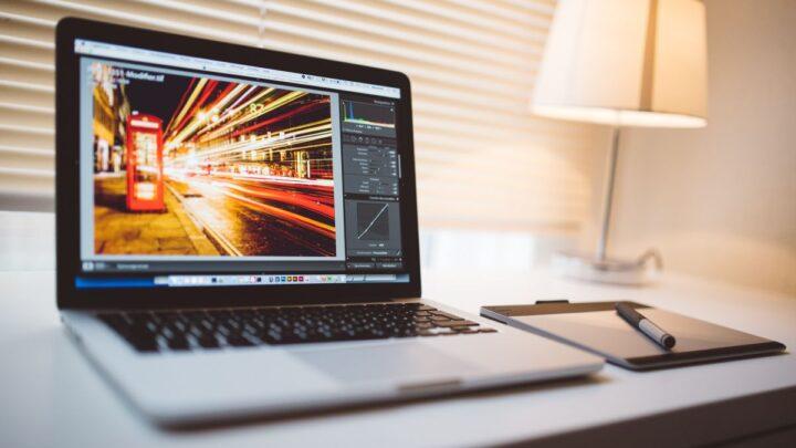Best 14 Inch Laptops Under $1,000 (2021 Update)
