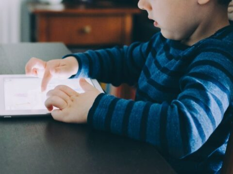 Should You Buy an iPad for Your Kid – and When?