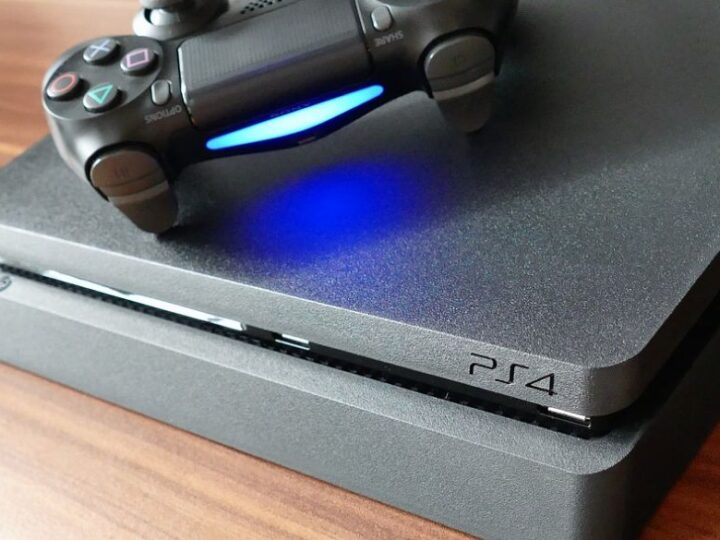 Should You Buy a PS4 / PS4 Pro or wait for PS5?