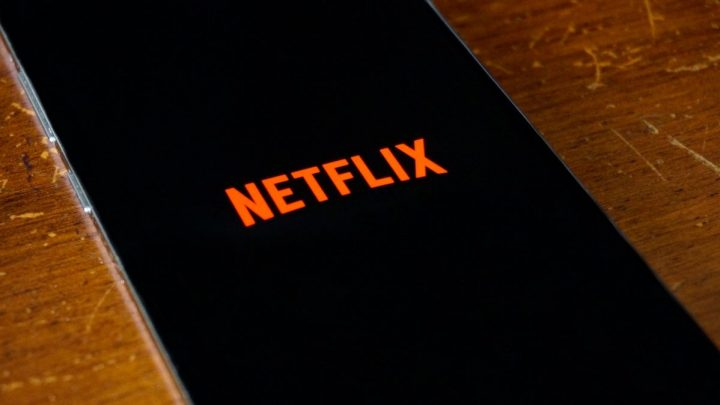 Best Budget Phones for Watching Movies on Netflix & More in 2021