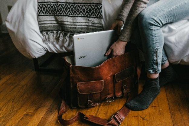 chromebooks vs laptops