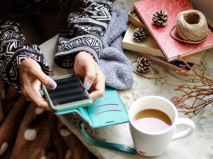 What Is the Best Phone for Seniors in 2021?