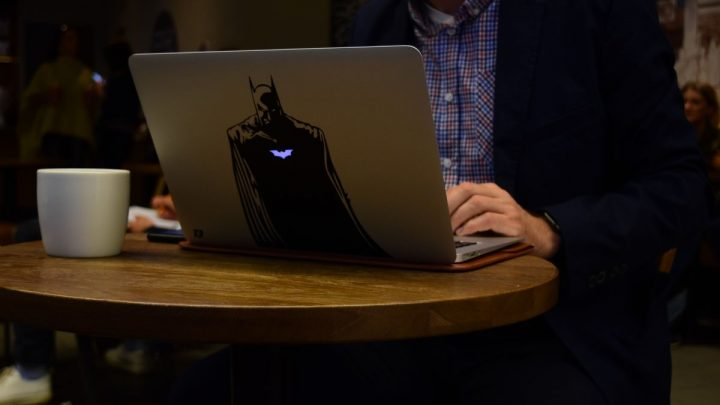How to Decorate Your Laptop?