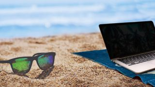 how to protect laptop from excessive humidity